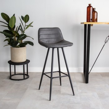 Sophisticated bar stool Hana