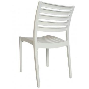 Plastic stoel zonder...